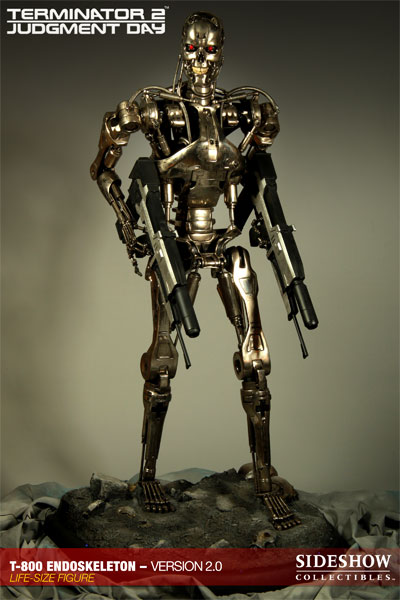 Sideshow Collectibles TERMINATOR_T-800_1