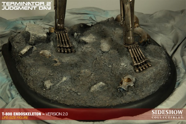 Sideshow Collectibles TERMINATOR_T-800_5