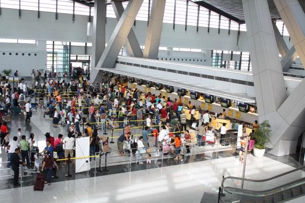 Пассажиры стыковочных рейсов - в особой группе риска